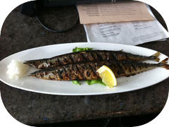 A lunch fit for Japanese. Grilled Sanma shioyaki!